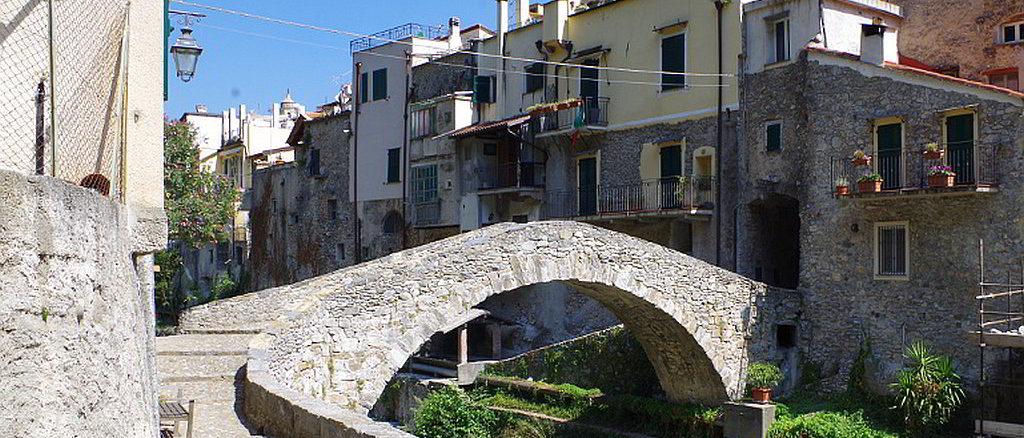 Zuccarello borgo
