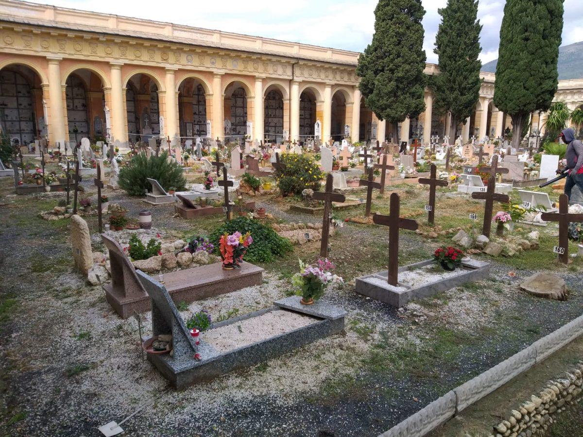 01 Albenga Cimitero di Leca
