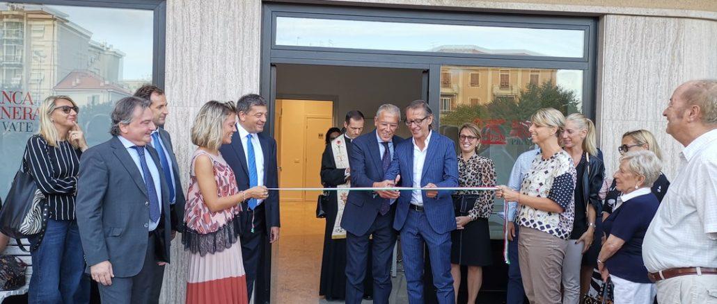 Il taglio del nastro per la nuova sede di Banca Generali Private ad Albenga