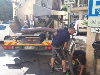 Lavori alla condotta di piazza SantAmbrogio ad Alassio