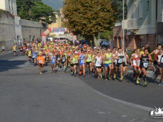 La partenza al Giro delle Mura di Loano la scorsa edizione