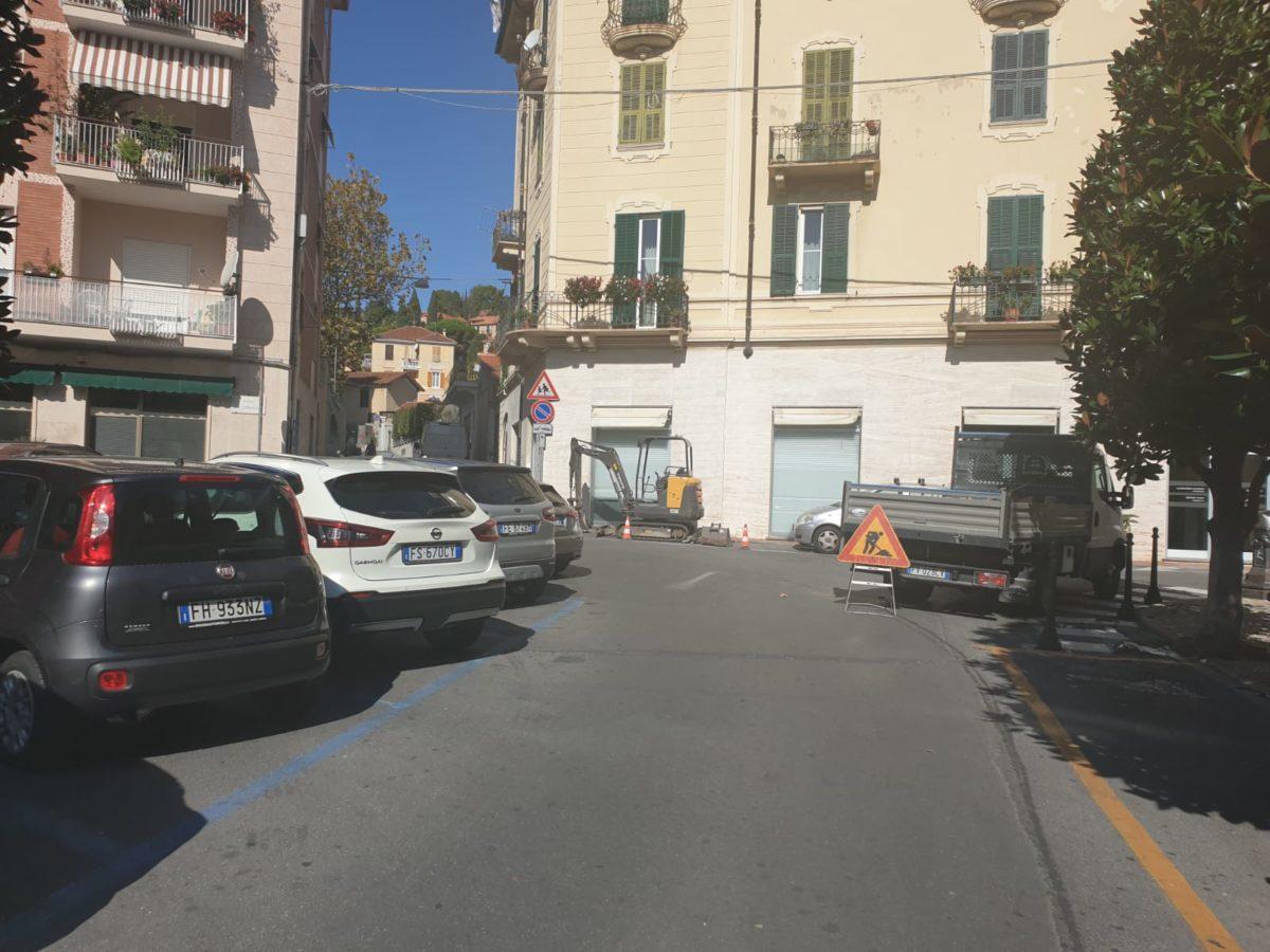 02 Lavori alla condotta di piazza SantAmbrogio ad Alassio