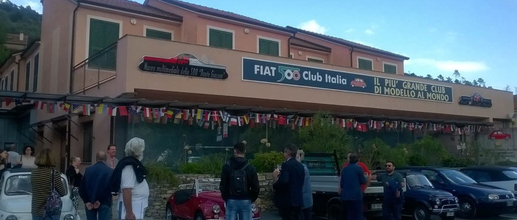 Il Fiat 500 Club Italia a Garlenda, in provincia di Savona