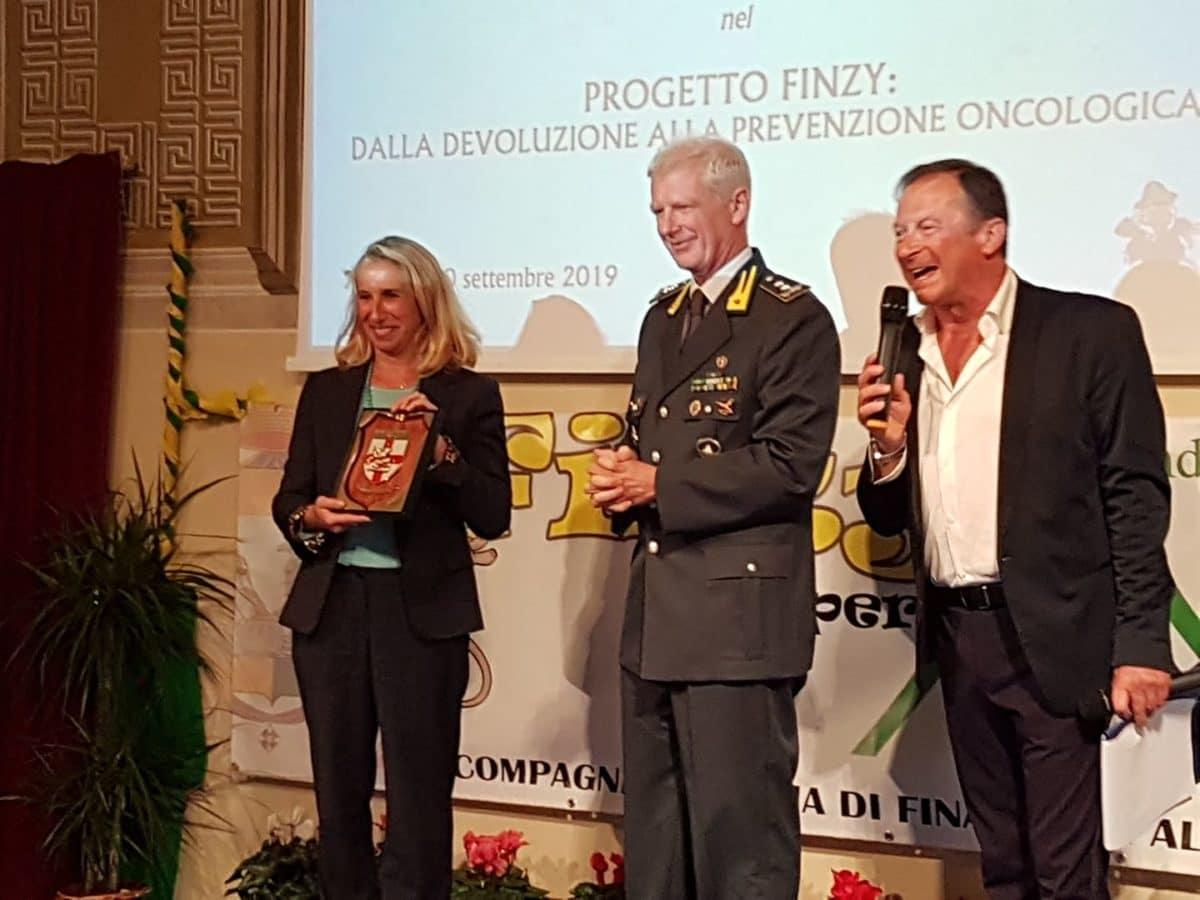 06 Donazione Guardia di Finanza ad Ant Albenga