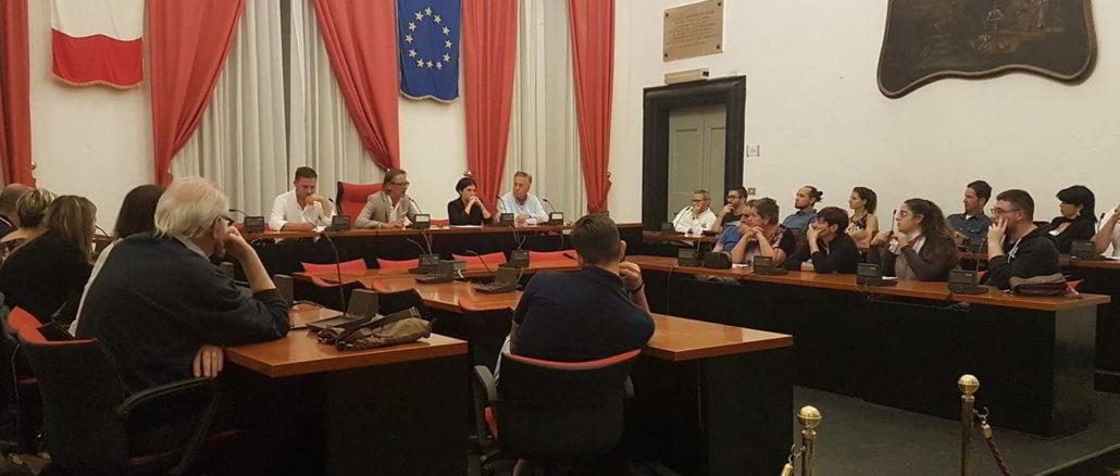 Incontro nel Comune di Albenga con i commercianti del centro storico