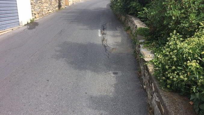 Cedimento strada in via Solva ad Alassio