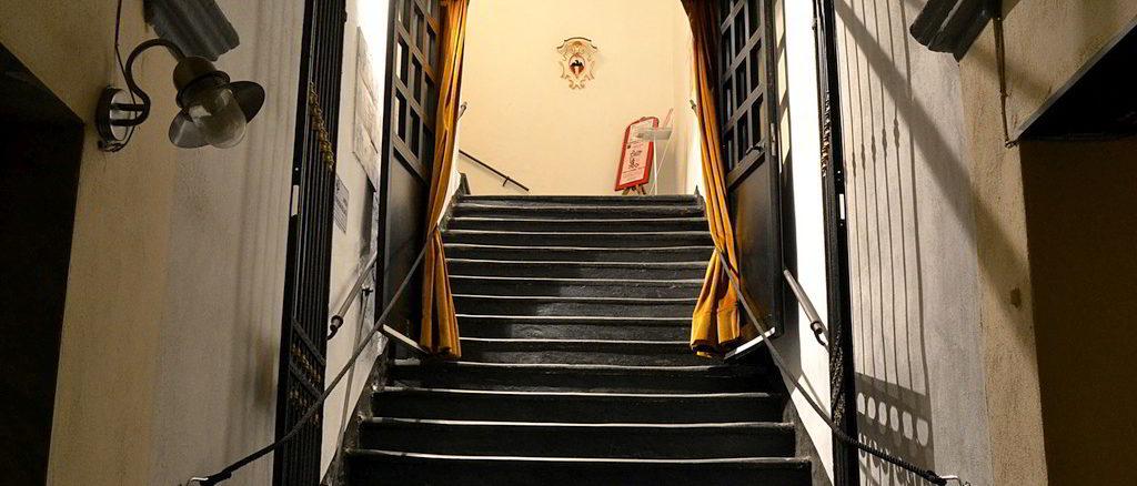 Entrata al teatro Sacco di Savona