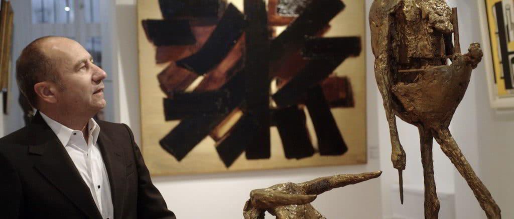 Jean-François Cazeau nella sua galleria Arte