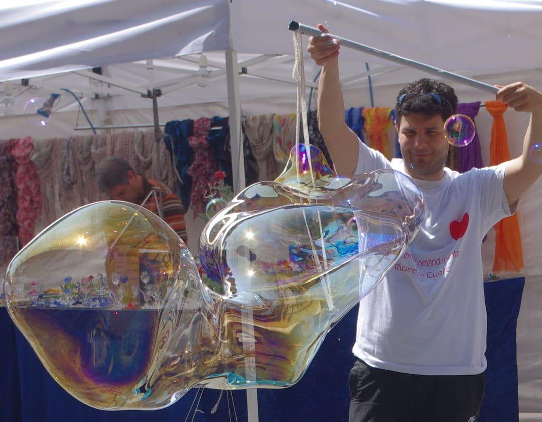 Le bolle di Luca Mazzara effe