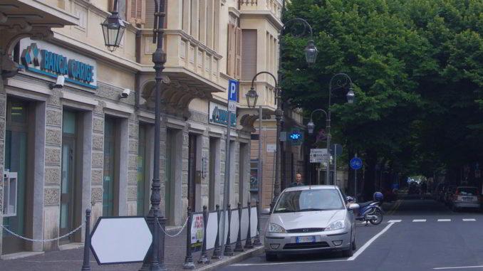 Una filiale di Banca Carige ad Albenga