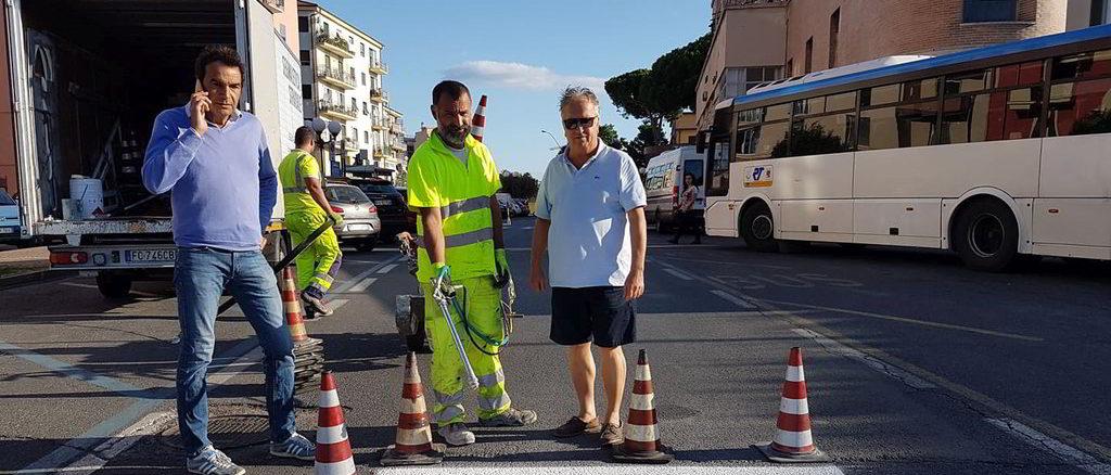 Assessore Mauro Vannucci al cantiere di lavoro sulla viabilità ad Albenga