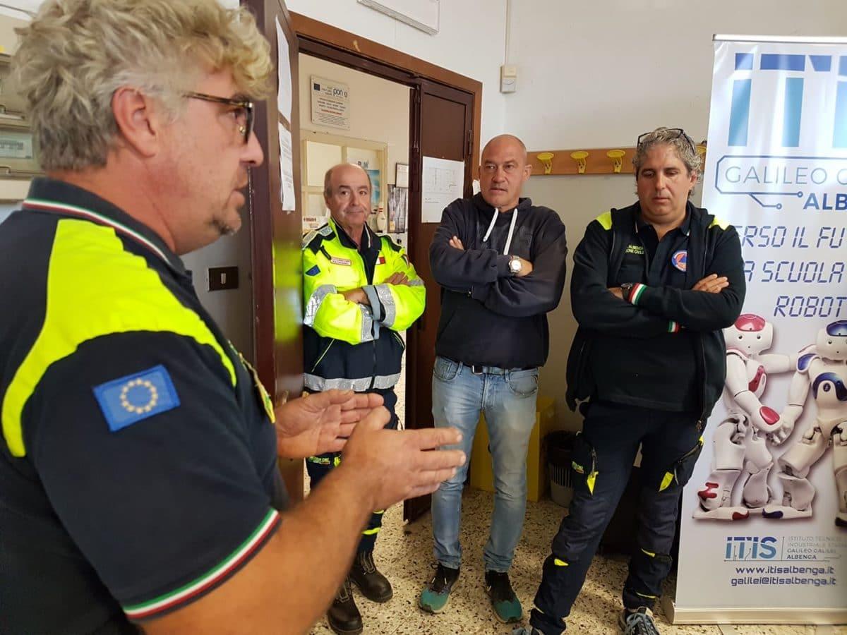 01 Protezione civile incontro Itis di Albenga