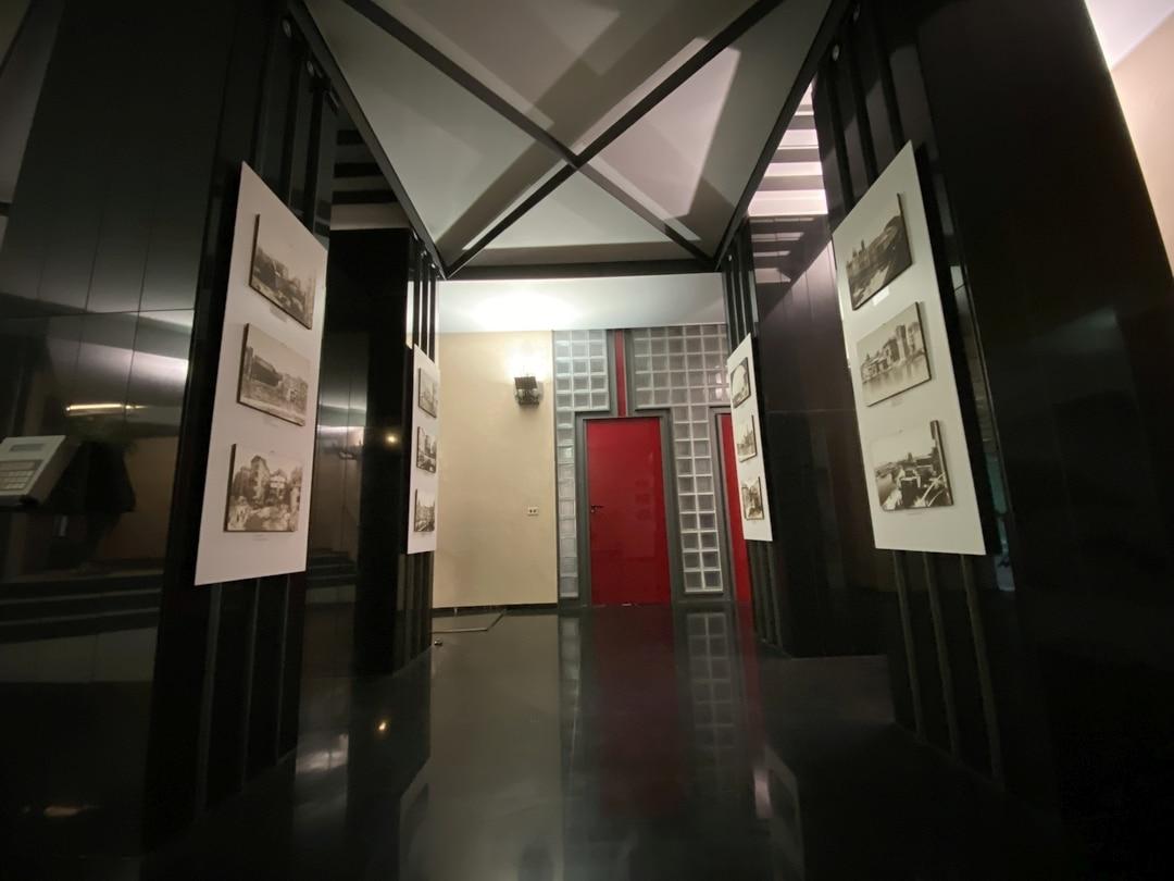 02 Mostra fotografica sede Carige di Savona