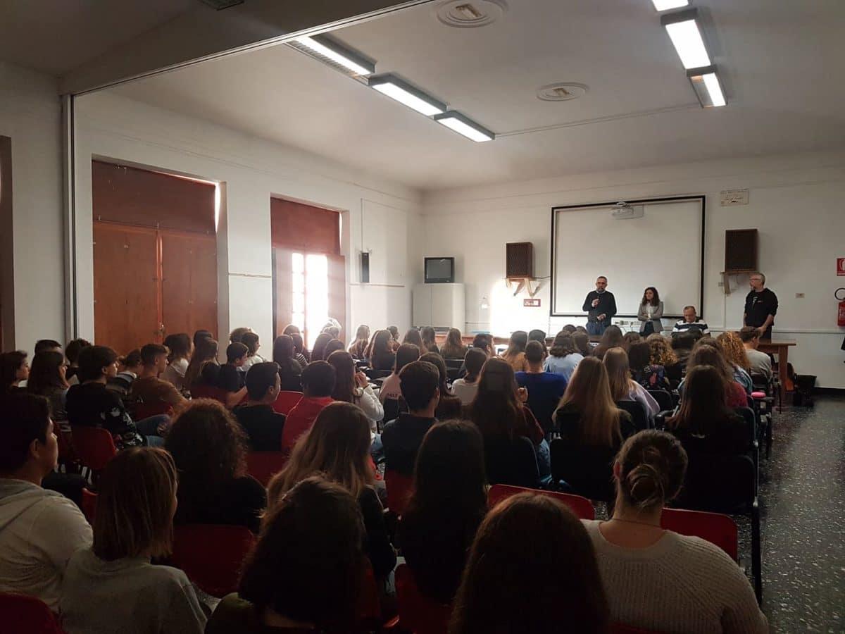 05 Giovanni Impastato alla Sala Conferenze dello YEPP – Centro Giovani di Albenga