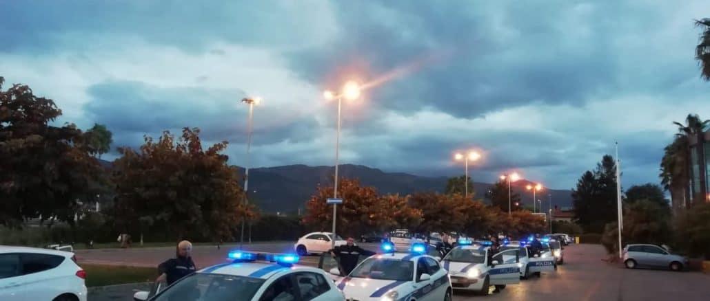Polizia locale di Albenga in azione