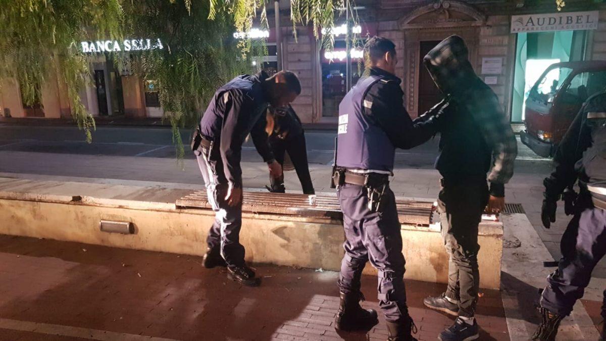 11 Polizia locale di Albenga in azione