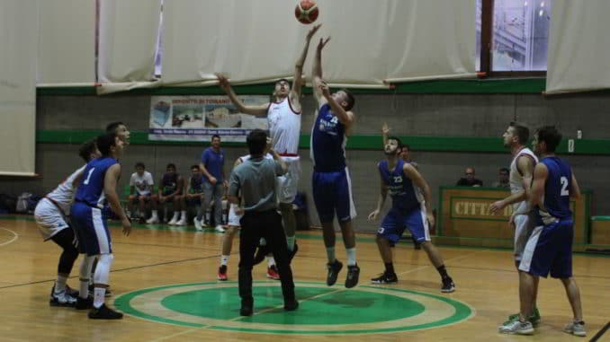 Basket Loano Garassini in azione