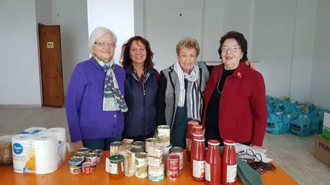 Beneficenza donazione pacchi alimentari ad Albenga