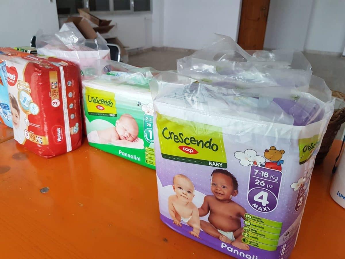 Beneficenza Albenga pacchi alimentari 03