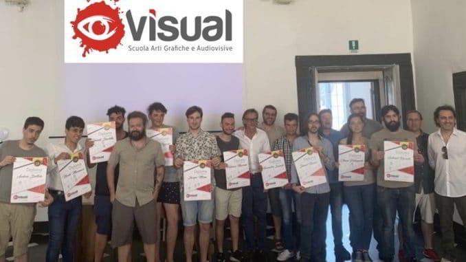 Consegna diplomi Visual School 2019 con il sindaco di Albenga Tomatis
