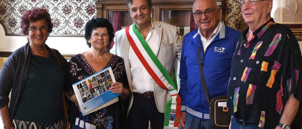 Doris Turista Fedele ad Alassio con il vicesindaco Angelo Galtieri
