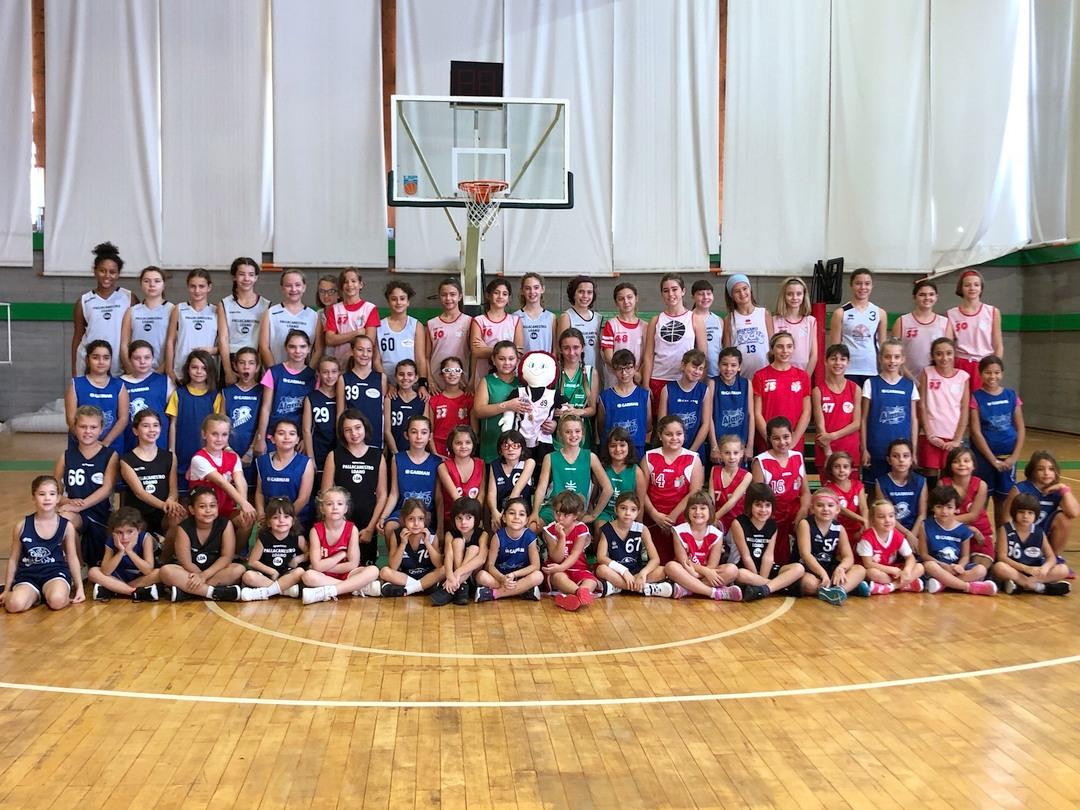 Giornata Rosa 2019 minibasket a Loano 01