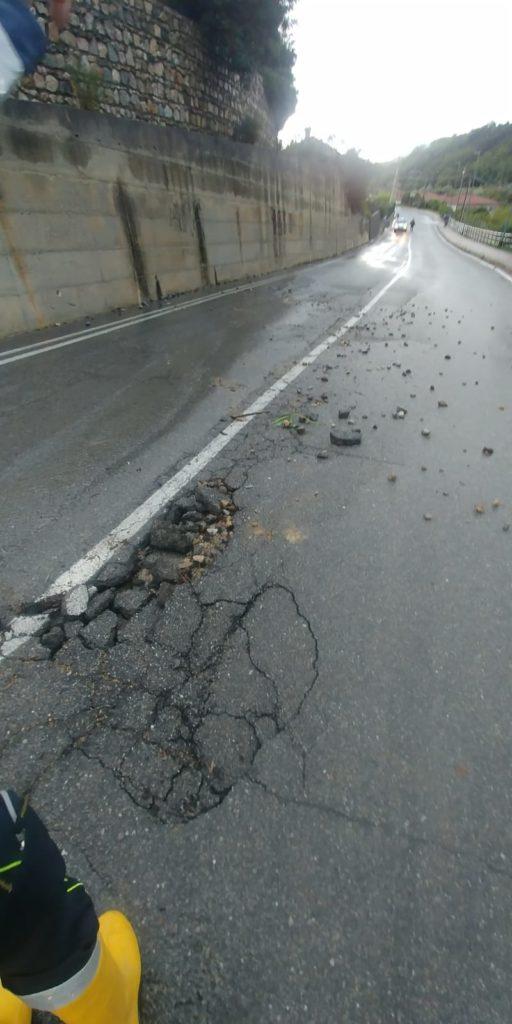 Maltempo danneggia Strada Verzi a Loano 05