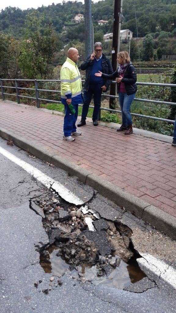 Maltempo danneggia Strada Verzi a Loano 06