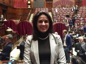 Sara Foscolo in Parlamento