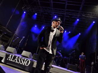 Nick The Nightfly sul palco di Alassio