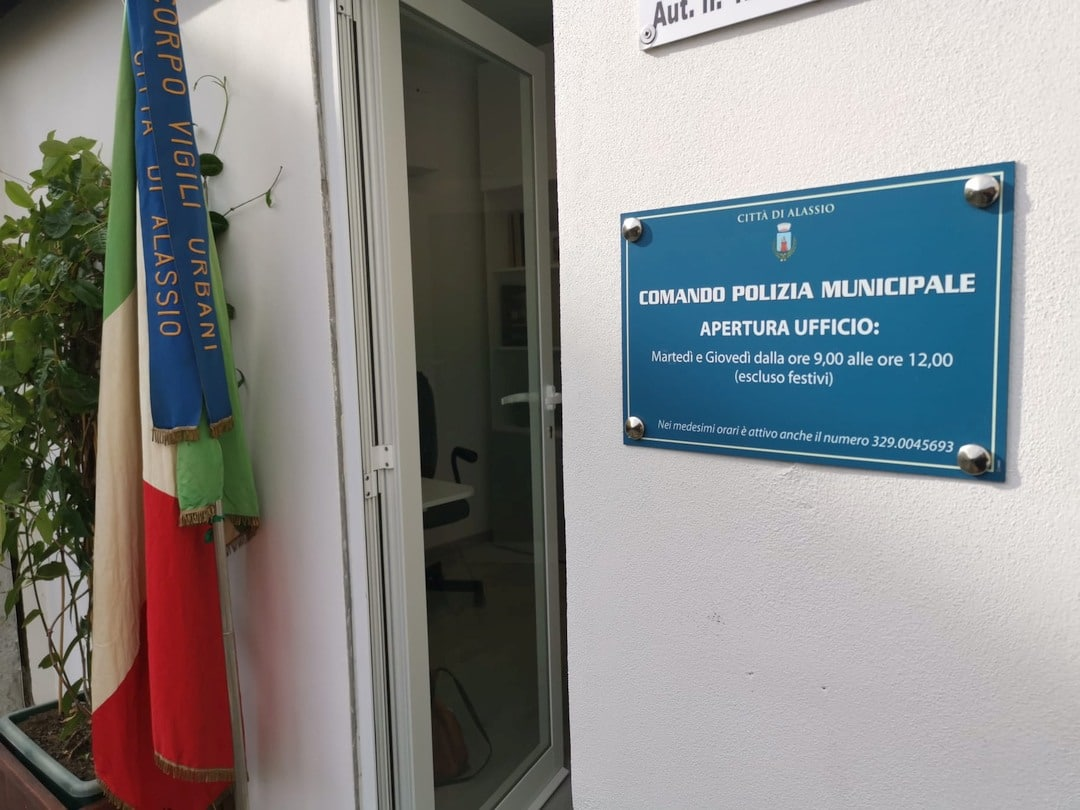 Alassio inaugurazione a Moglio ufficio Polizia locale 05