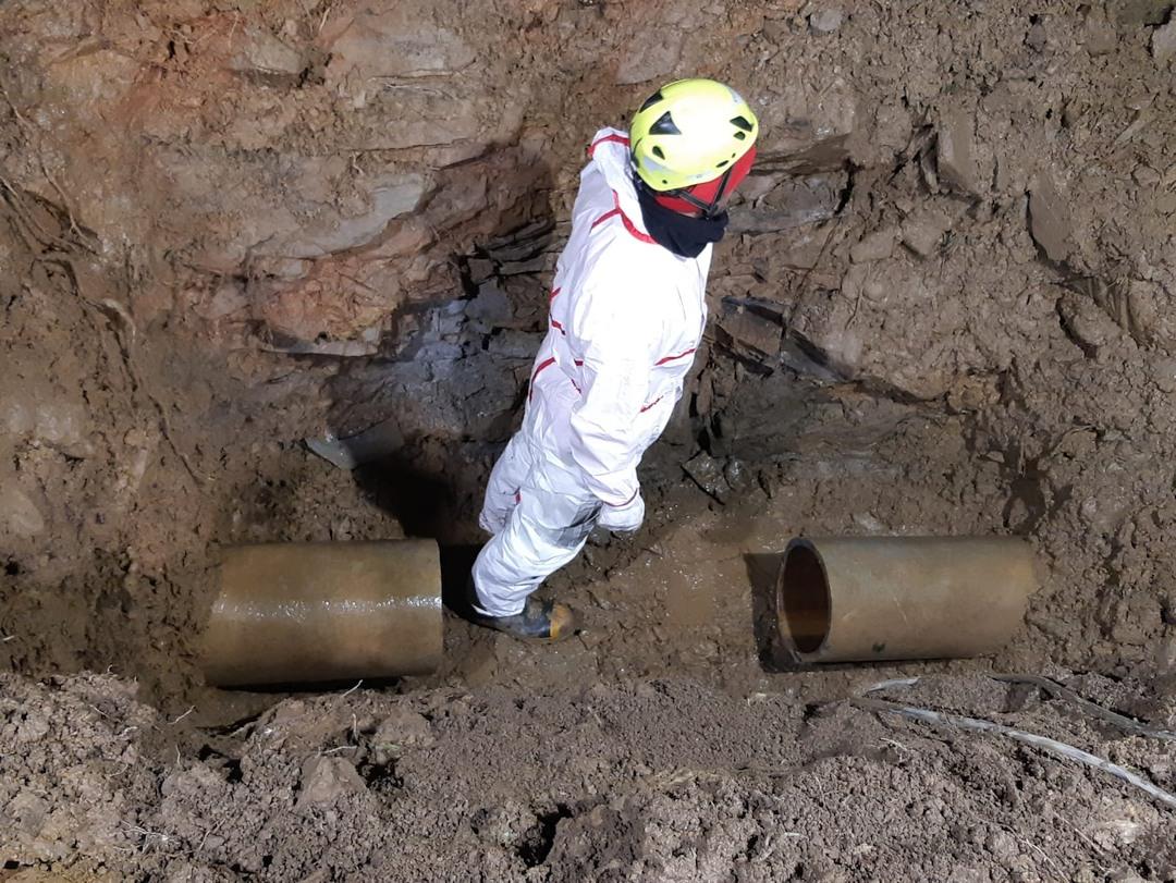 intervento riparazione tubature in via Vigo ad Alassio 03