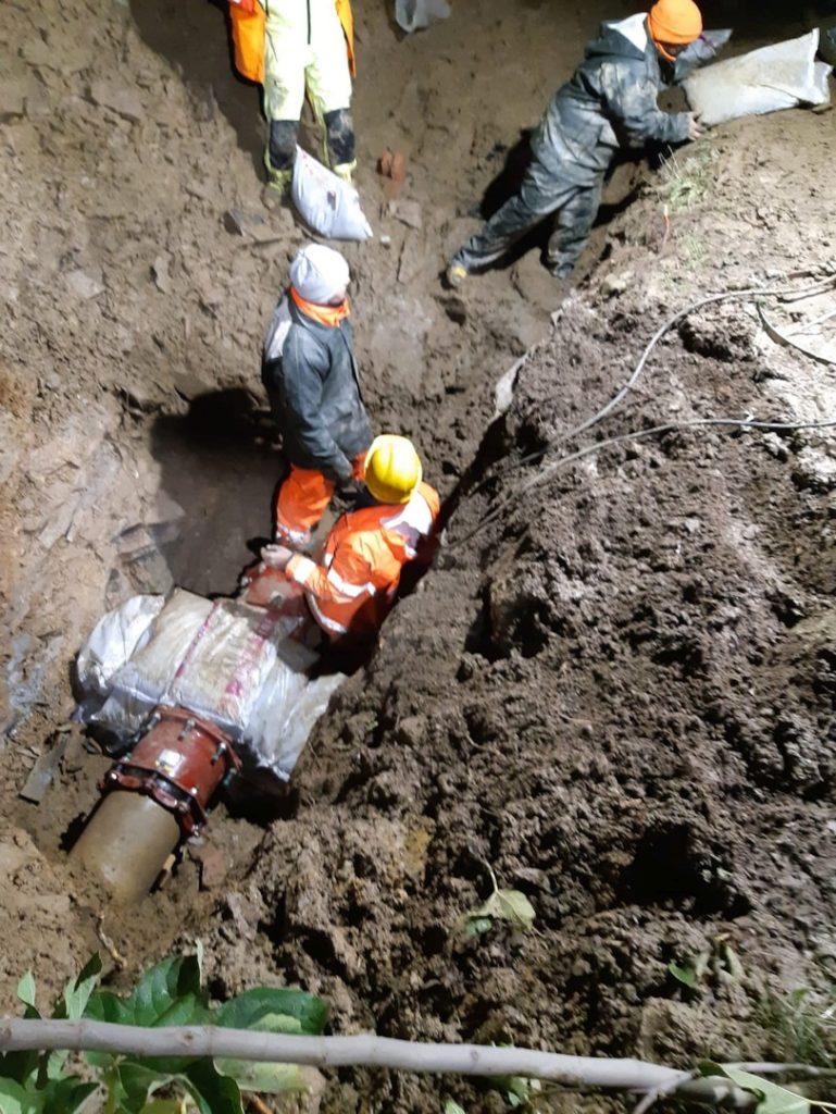 intervento riparazione tubature in via Vigo ad Alassio 04
