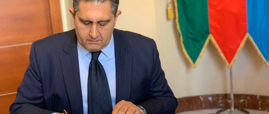 Presidente di Regione Liguria Giovanni Toti firma richiesta danni