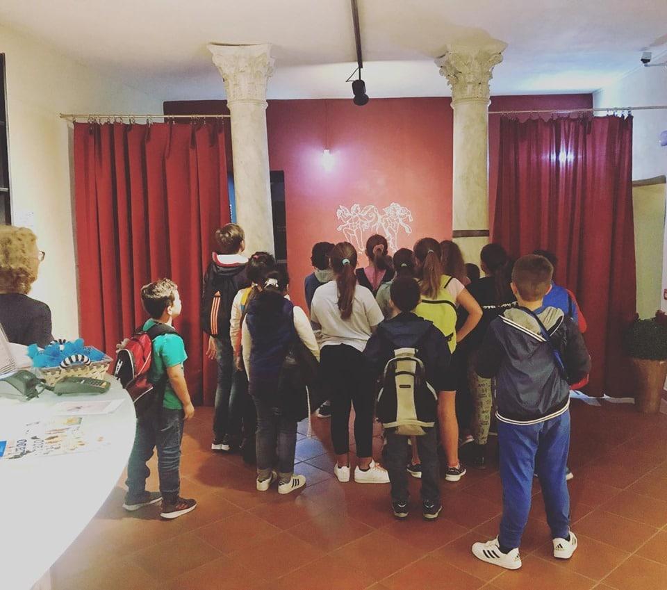 visita ragazzi IC Albenga a Magiche trasparenze