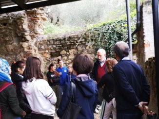 Visita ragazzi dell'IC di Albenga al sito archeologico San Calocero