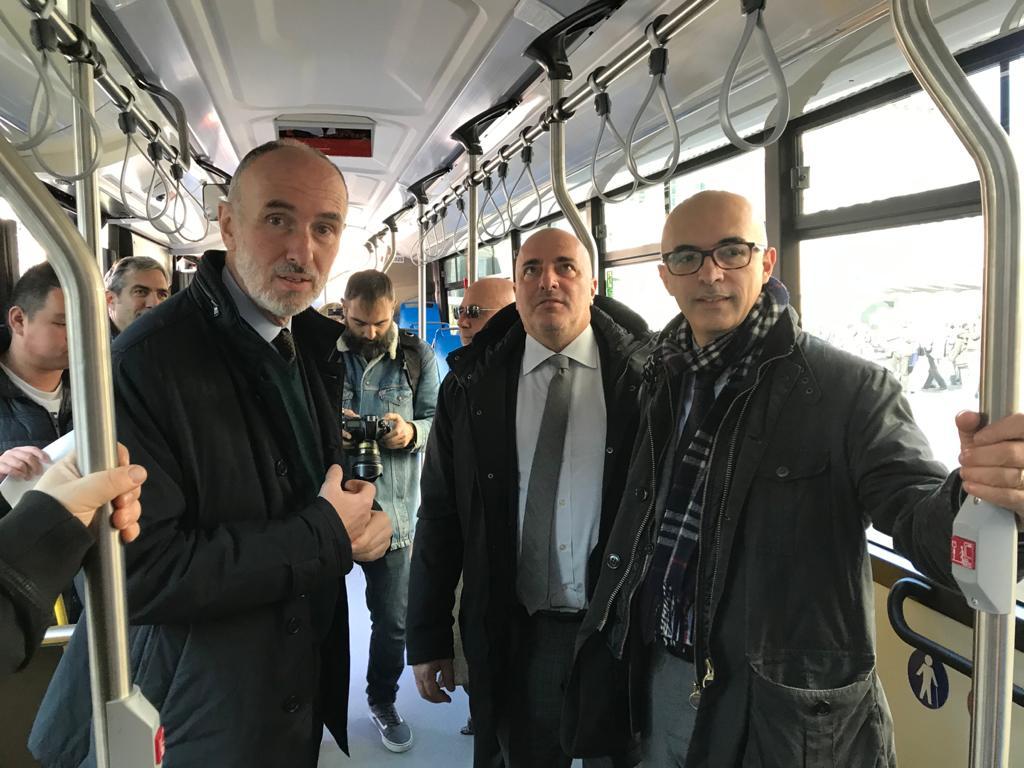 2019 12 09 Presentazione Bus Iveco 05