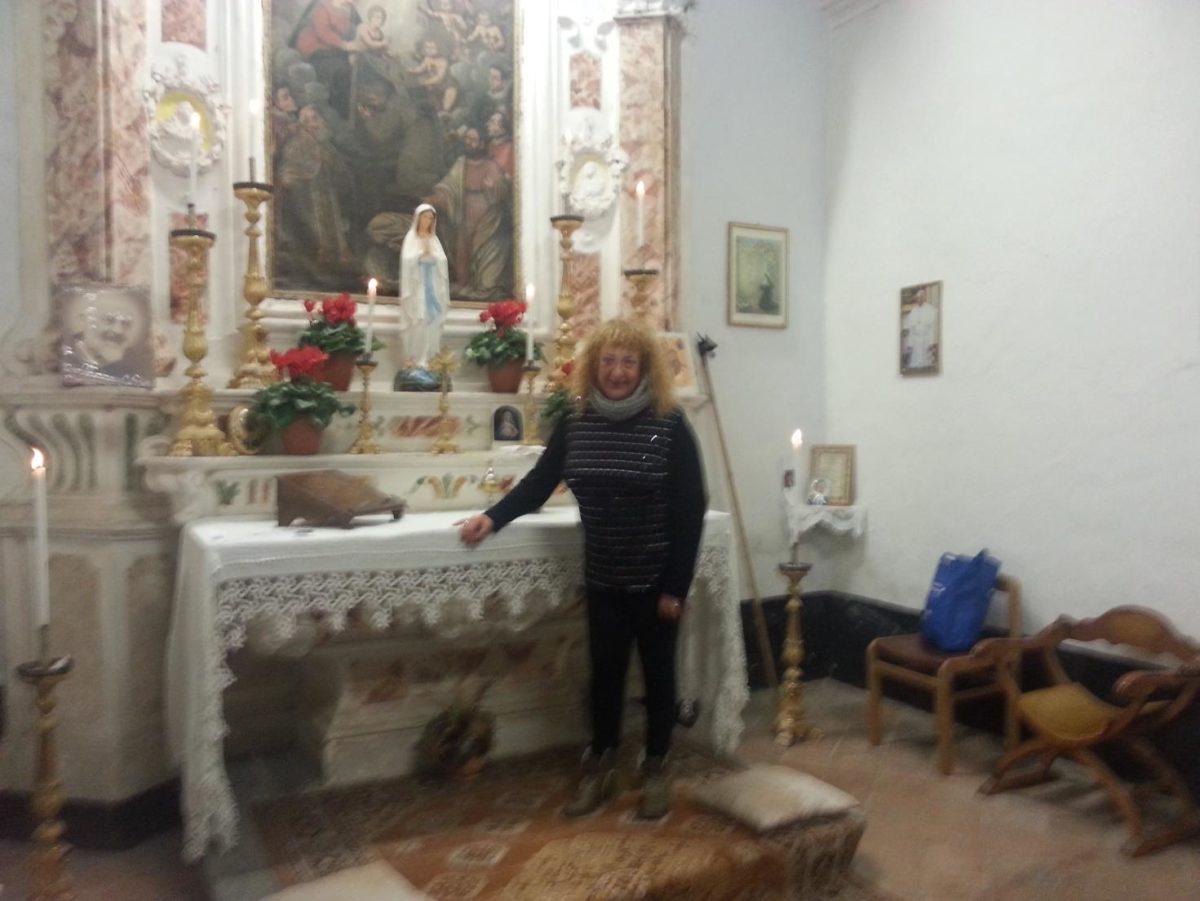 Agostina Pizzo Albino nella Cappella del Carmine a Bastia di Albenga