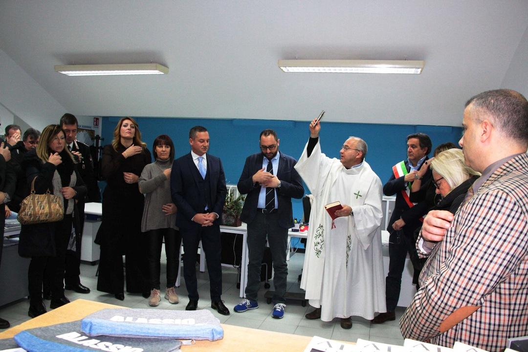 Alassio La benedizine dei nuovi uffici 01