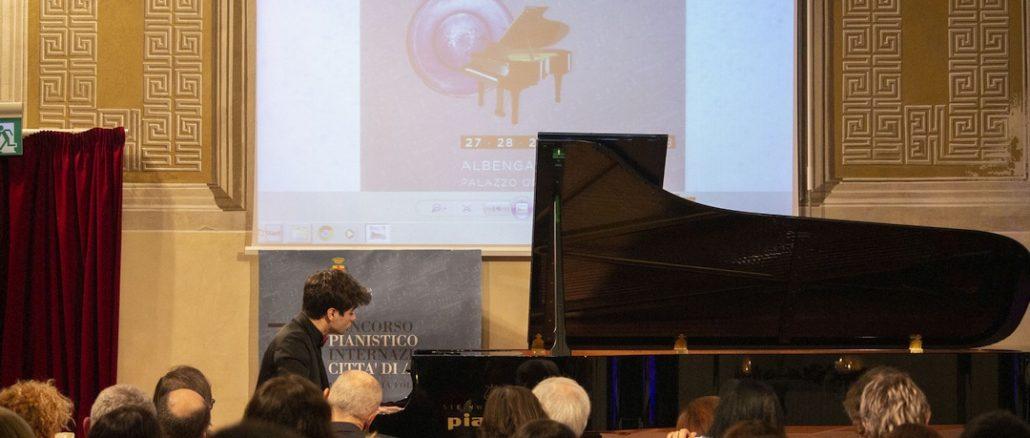 Elia Cecino al Concorso pianistico Albenga