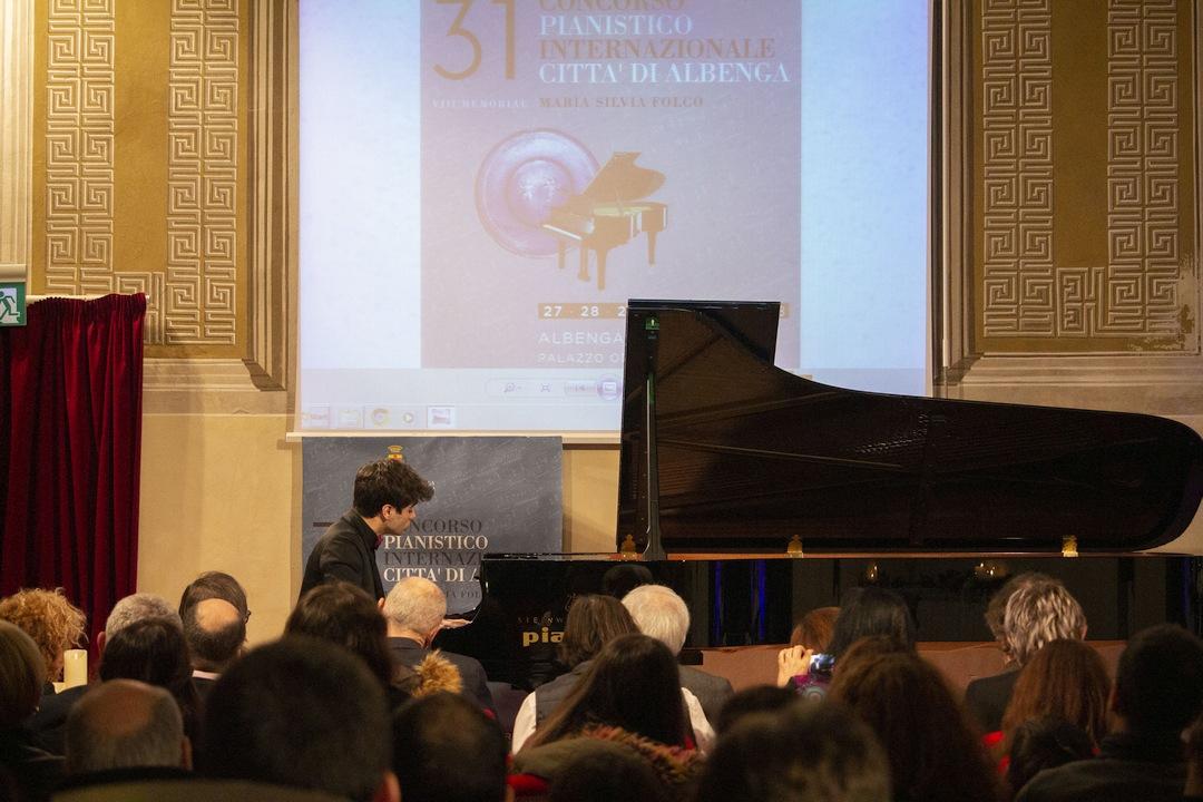 Elia Cecino al Concorso pianistico Albenga 02