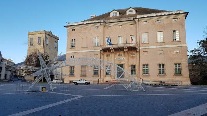 Luminarie piazza Italia a Loano
