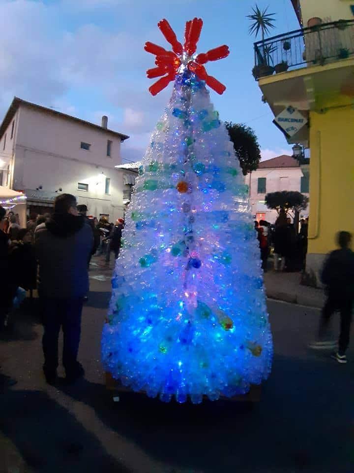 Immagini Natalizie Libere.A Leca D Albenga Aspettando Il Natale E Il Progetto Leuca 2020