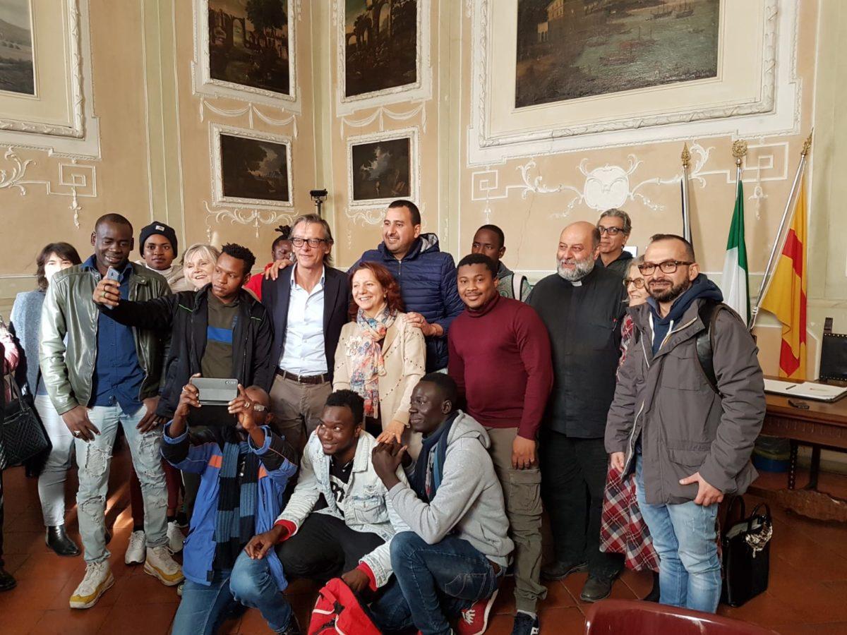incontro migrantes in Comune di Albenga 02