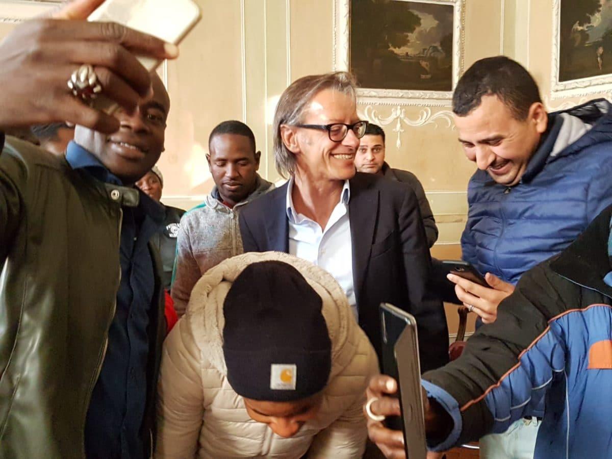 incontro migrantes in Comune di Albenga 04