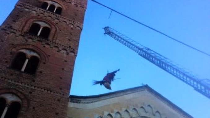 Befana vigili del fuoco ad Albenga