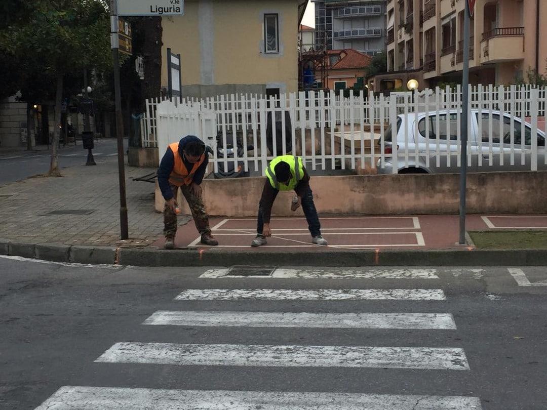 Lavori superamento barriere architettoniche Albenga 01