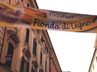 striscione premio fionda ad Albenga