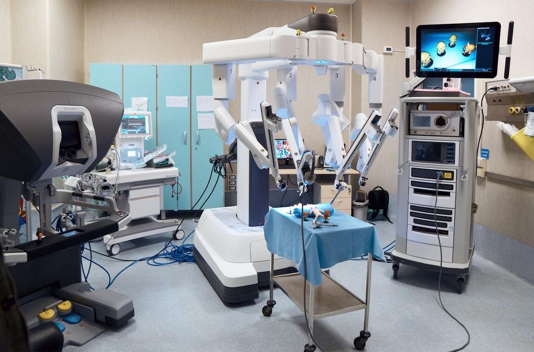 GAslini Centro di Chirurgia Robotica Pediatrica 01