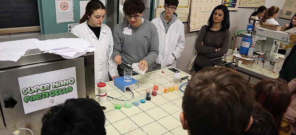Un Laboratorio di Albenga in Scienza
